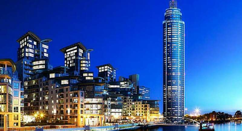 3 Bedrooms Apartment Flat for rent in St. George Wharf, London