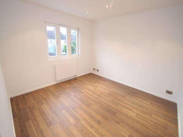 2 Bedrooms Flat for sale in Stanley Road, TEDDINGTON, TW11