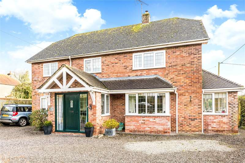 3 Bedrooms Detached House for sale in Mildenhall, Marlborough, Wiltshire, SN8