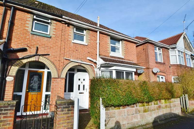 3 Bedrooms Semi Detached House for sale in Southampton