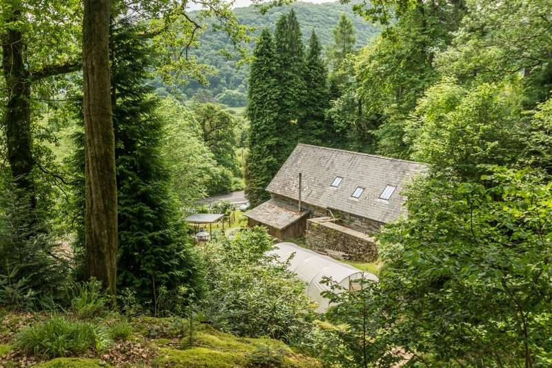 3 Bedrooms Detached House for sale in Tan-Y-Bwlch, Blaenau Ffestiniog, North Wales