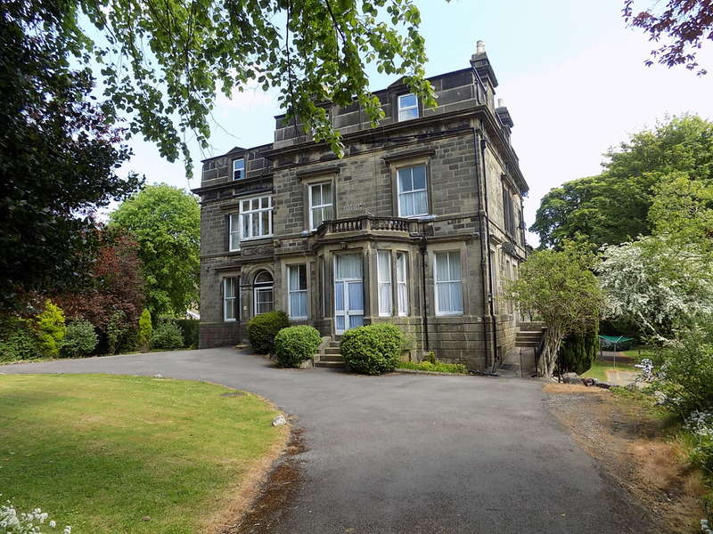 1 Bedroom Flat for sale in Park Road, Buxton