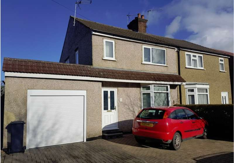 3 Bedrooms Semi Detached House for sale in First Avenue