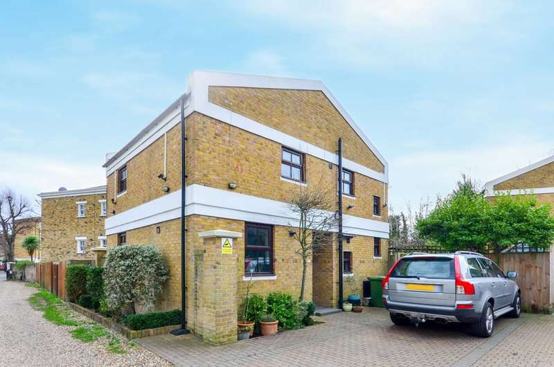 3 Bedrooms House for sale in Wickham Mews, Brockley, SE4