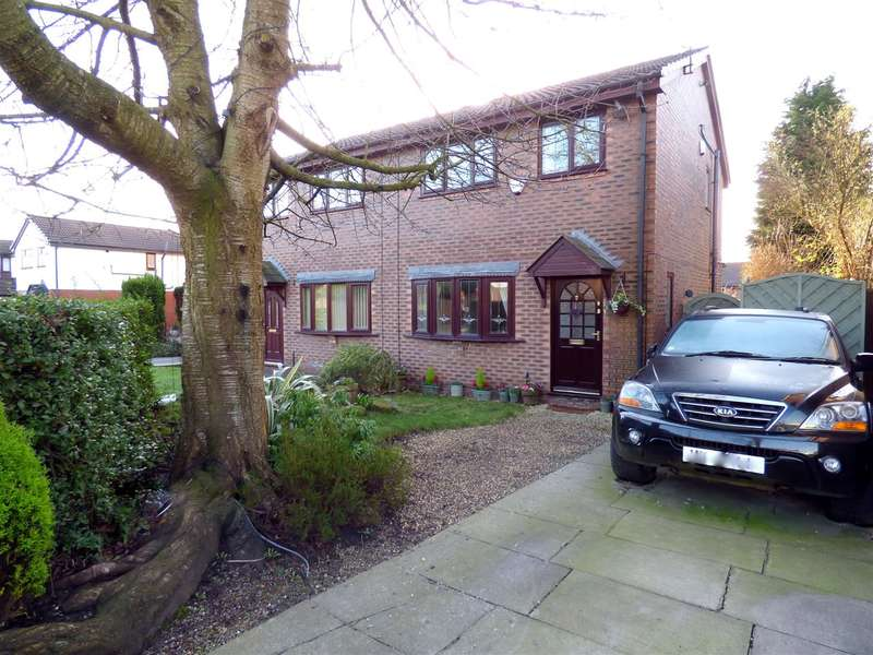 3 Bedrooms Semi Detached House for sale in Headingley Close, Huyton, Liverpool