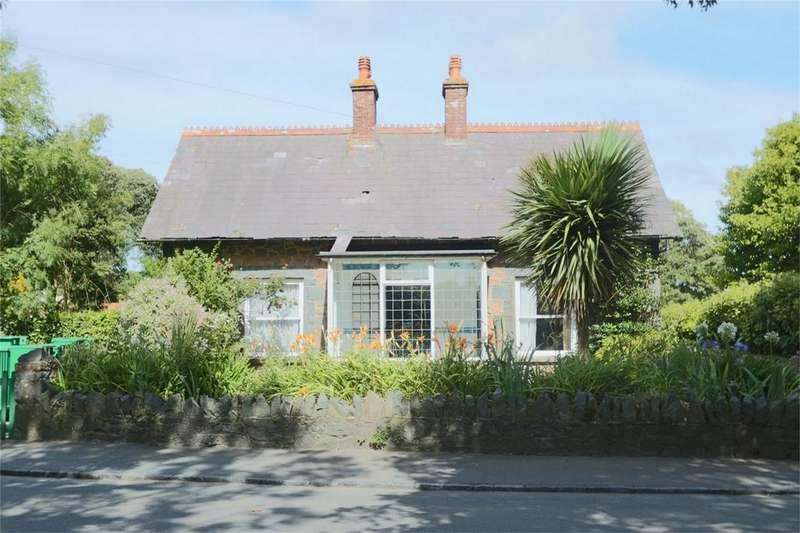 3 Bedrooms Semi Detached House for sale in Brierley, Route de la Croix au Bailiff, St Andrew's