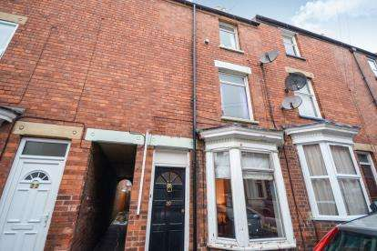 3 Bedrooms Terraced House for sale in Cromwell Street, Lincoln, Lincolnshire, .