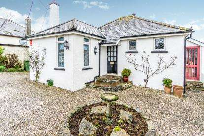 2 Bedrooms Bungalow for sale in Plymstock, Plymouth, Devon
