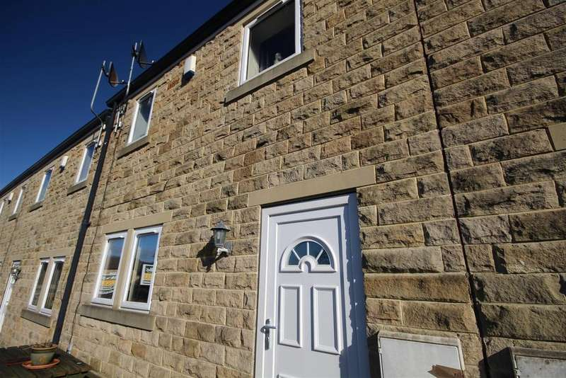 3 Bedrooms Town House for sale in 2 Moorview Close, Skipton Road, Foulridge, Colne