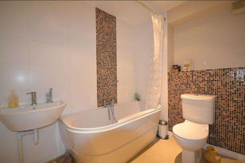 5 Bedrooms House for sale in Doulton Drive, Smethwick, B66 1RA