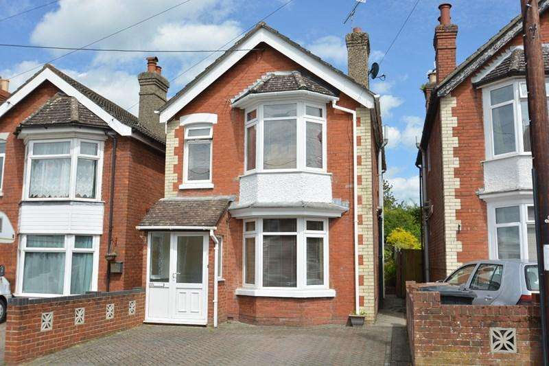 3 Bedrooms Detached House for sale in Old Winton Road, Andover