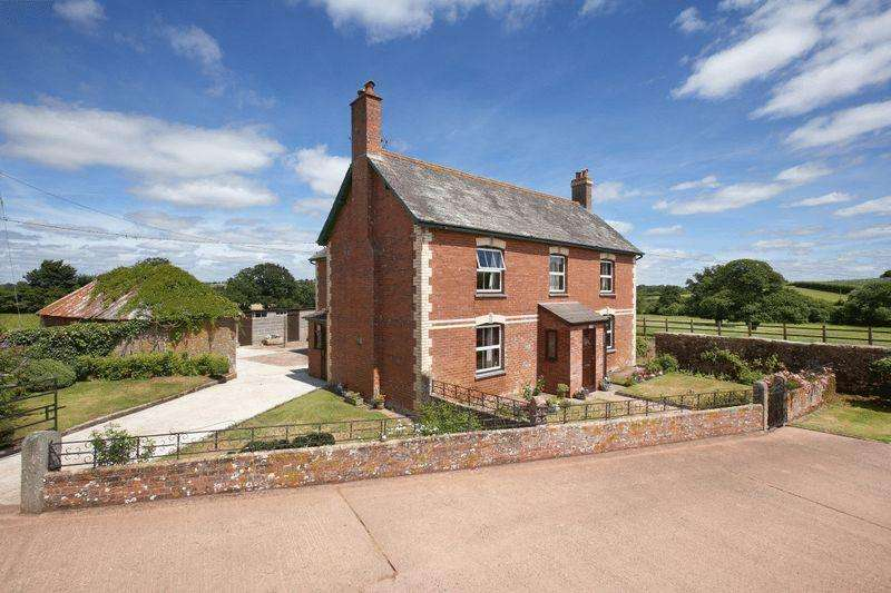 4 Bedrooms Detached House for sale in Bow, Crediton