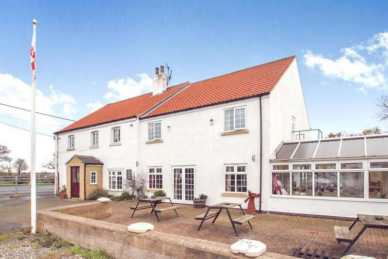8 Bedrooms Detached House for sale in Star Inn, Moss