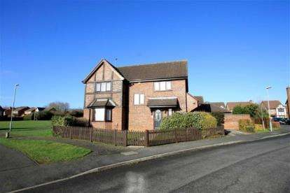 4 Bedrooms Detached House for sale in Ryeburn Way, Wellingborough, Northamponshire