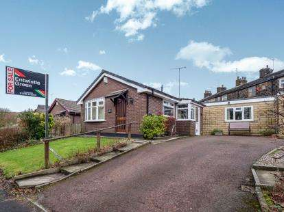 2 Bedrooms Bungalow for sale in Station Road, Whitworth, Rochdale, Lancashire, OL12