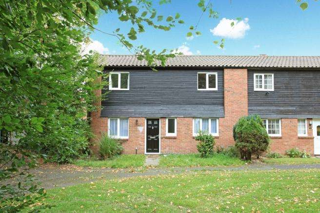 3 Bedrooms Semi Detached House for sale in 2 Ayr Close, Leegomery, Telford, Shropshire, TF1 6UN