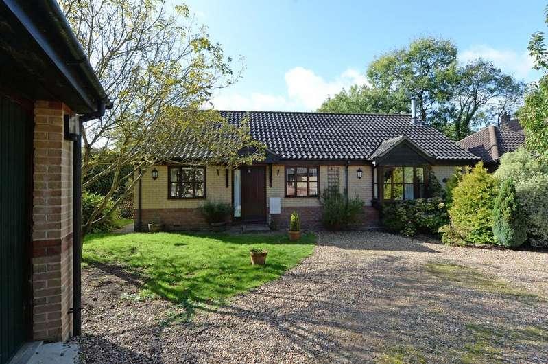 3 Bedrooms Detached Bungalow for sale in Bedingfield, Nr Debenham, Suffolk