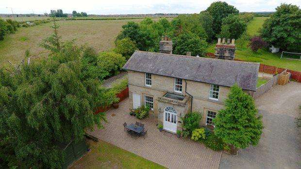 7 Bedrooms Detached House for sale in SHINCLIFFE STATION ANNEX, HIGH SHINCLIFFE, DURHAM CITY