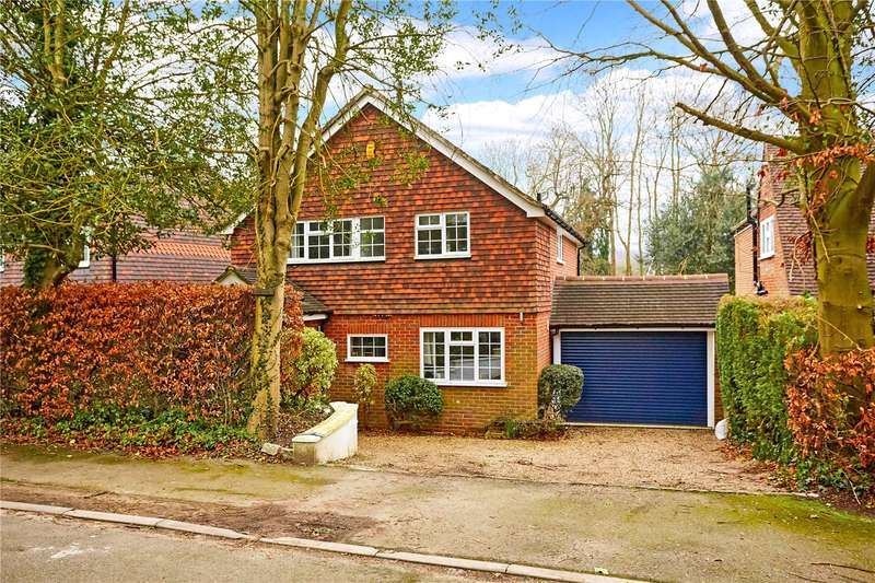 4 Bedrooms Detached House for sale in The Avenue, South Nutfield, Surrey, RH1