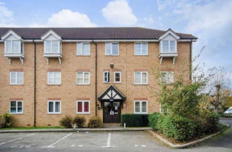 2 Bedrooms Flat for sale in Foxglove Court, Vicars Bridge Close, Wembley, HA0 1YG