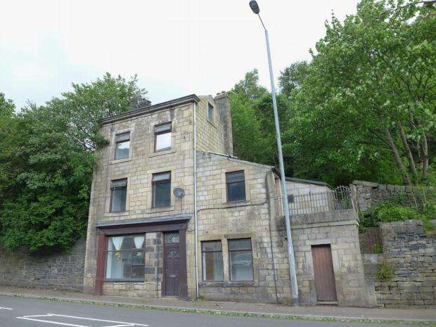 3 Bedrooms Detached House for sale in Kitsonwood Road Todmorden