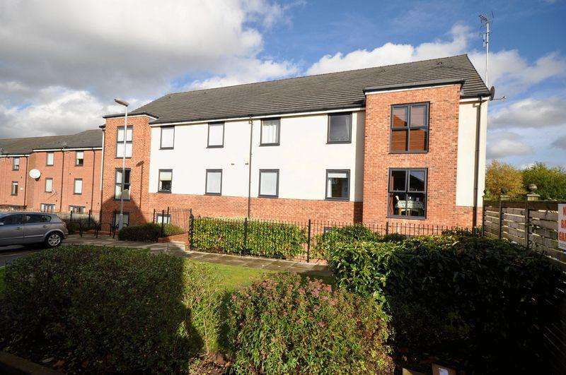 2 Bedrooms Apartment Flat for sale in Manchester Street, Heywood
