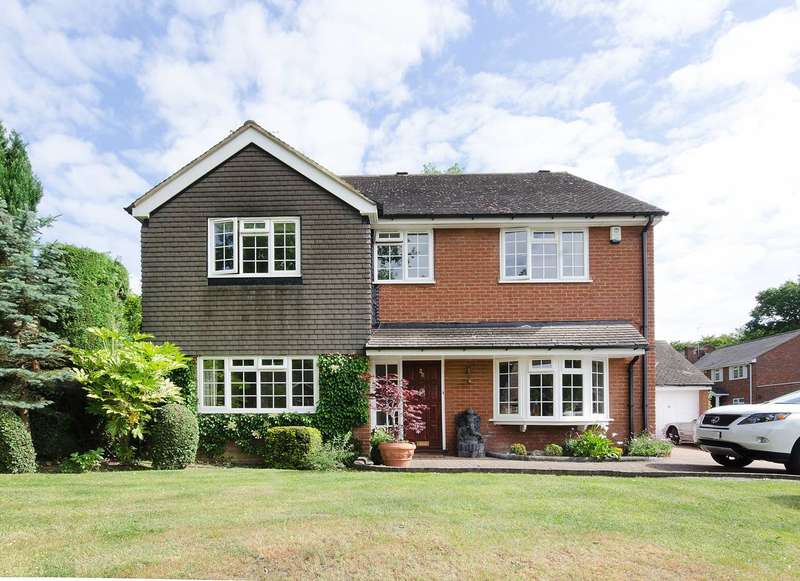 5 Bedrooms House for rent in Fringewood Close, Northwood, HA6