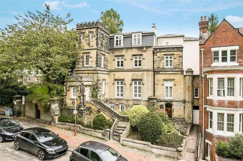 2 Bedrooms Flat for sale in London Road, Tunbridge Wells