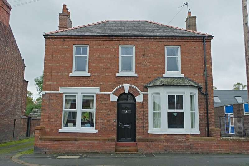 3 Bedrooms Detached House for sale in Victoria Road, Carlisle
