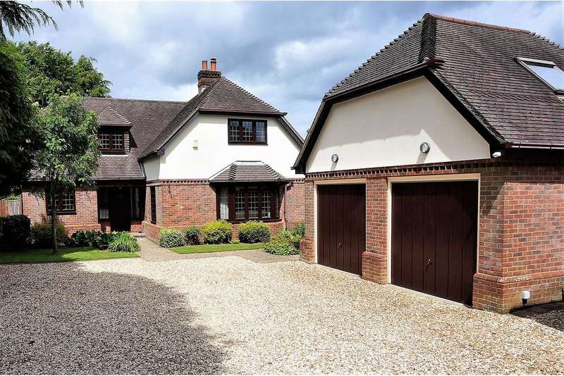 4 Bedrooms Detached House for sale in Horton Heath, Eastleigh