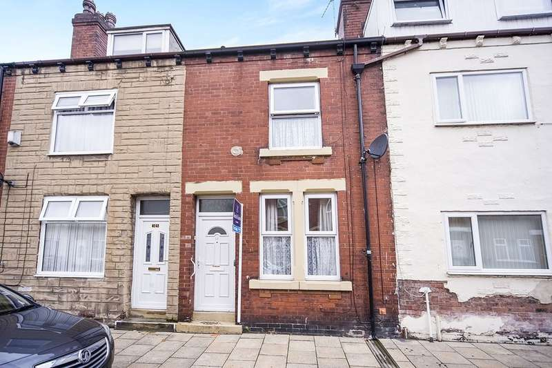 2 Bedrooms Terraced House for rent in Rhodes Street, Castleford, WF10