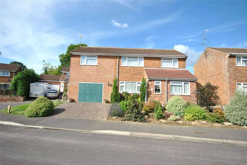 4 Bedrooms Detached House for sale in Nursery Gardens, Chard, Somerset, TA20