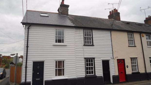 2 Bedrooms Cottage House for rent in Bakers Lane, Ingatestone, CM4