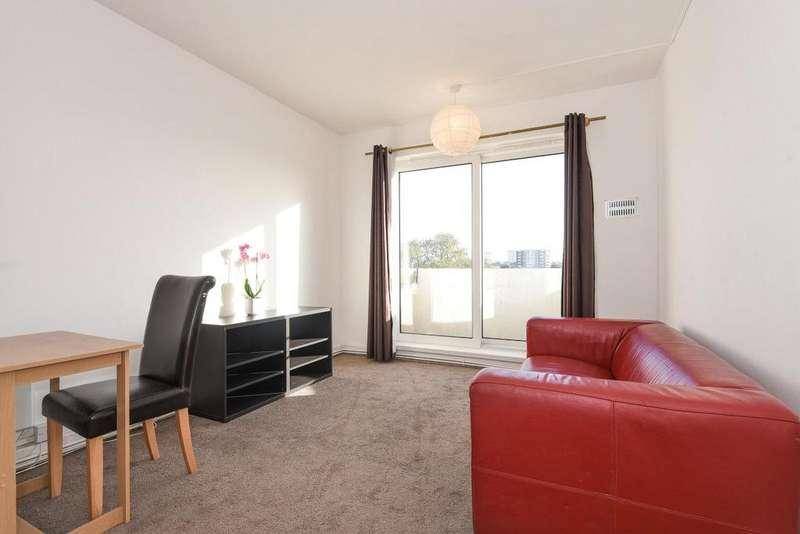 2 Bedrooms Penthouse Flat for sale in Goldhawk Road, Shepherds Bush