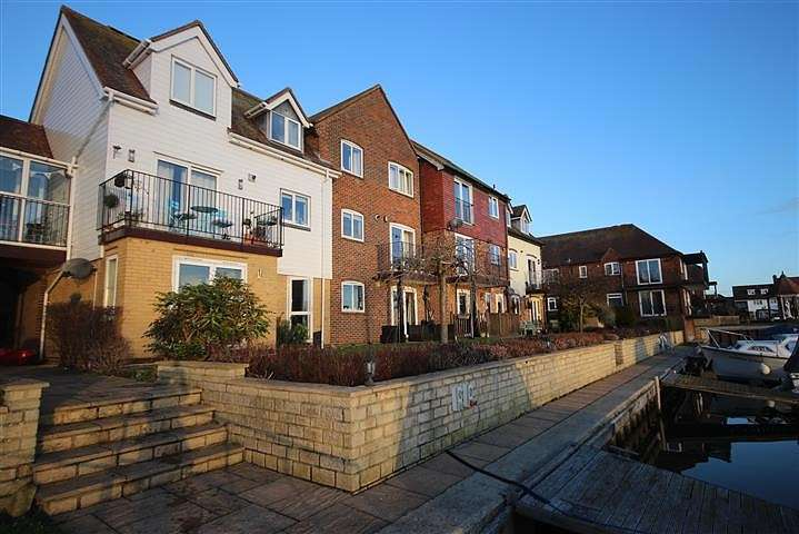 2 Bedrooms Flat for rent in West Quay, Abingdon-on-Thames, OX14