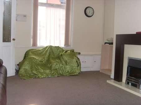 2 Bedrooms Terraced House for sale in Alice Street, Rochdale, Lancashire, OL12 9BZ