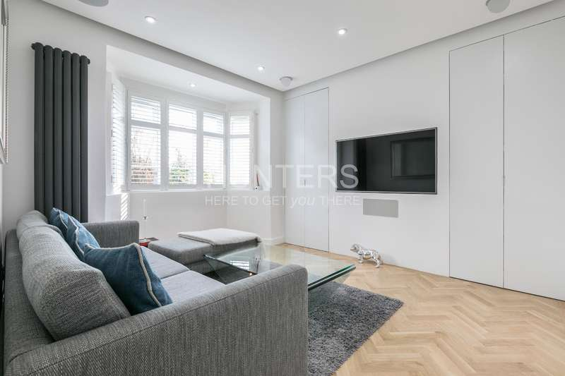 2 Bedrooms Flat for sale in Sherriff Road, London, NW6 2AT