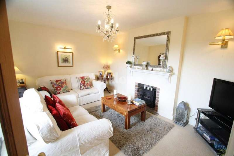 3 Bedrooms Detached House for sale in Upper Coedcae, Nantyglo, Brynmawr, Blaenau Gwent