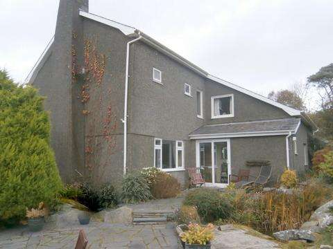 4 Bedrooms Detached House for sale in Simdda Wen, Harlech LL46