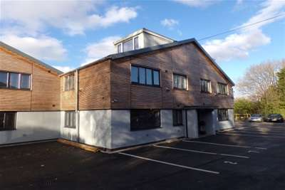 2 Bedrooms Flat for rent in Olton Wharf, Solihull