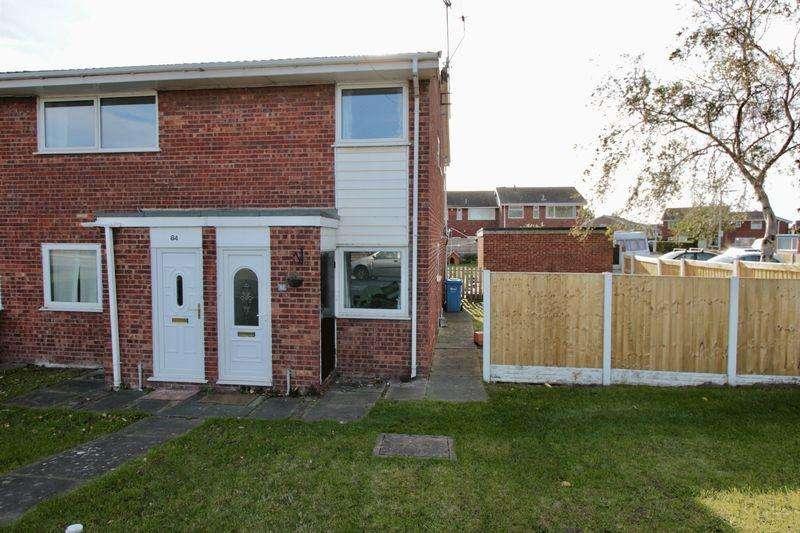 2 Bedrooms Apartment Flat for sale in Ffordd Penrhwylfa, Prestatyn