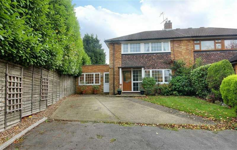 4 Bedrooms Semi Detached House for sale in Heyford Road, Radlett, Hertfordshire