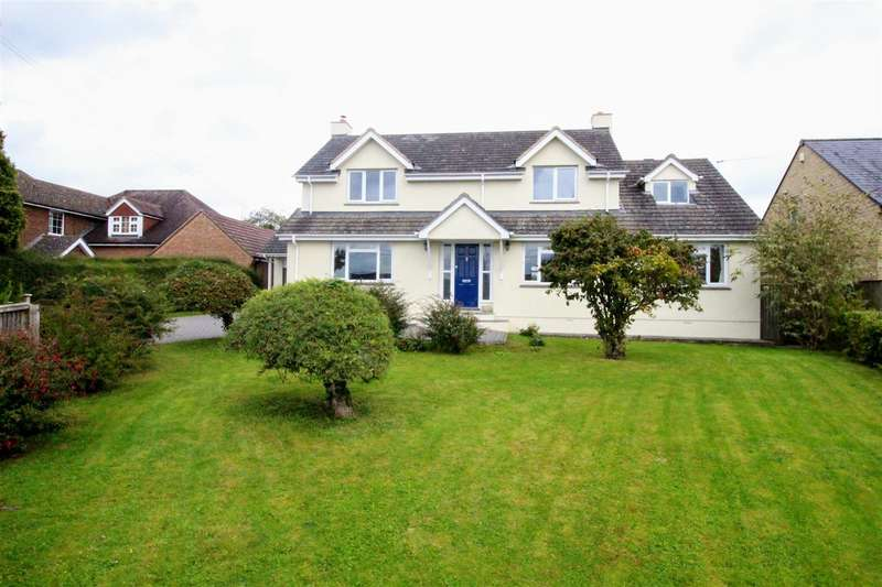 5 Bedrooms Detached House for sale in Woodview, Upper Pavenhill, Purton, Swindon