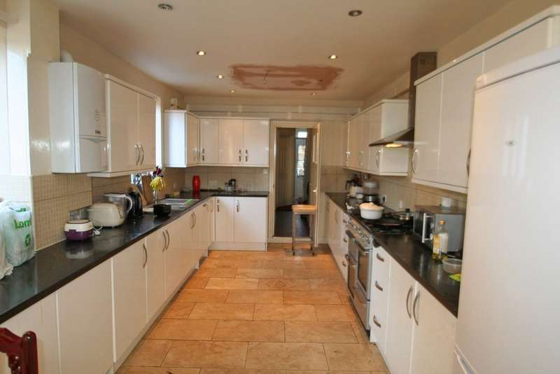 6 Bedrooms Terraced House for rent in Windmill Road, Headington OX3