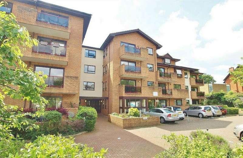 1 Bedroom Retirement Property for sale in Challoner Court, 224 Bromley Road, Shortlands, Kent
