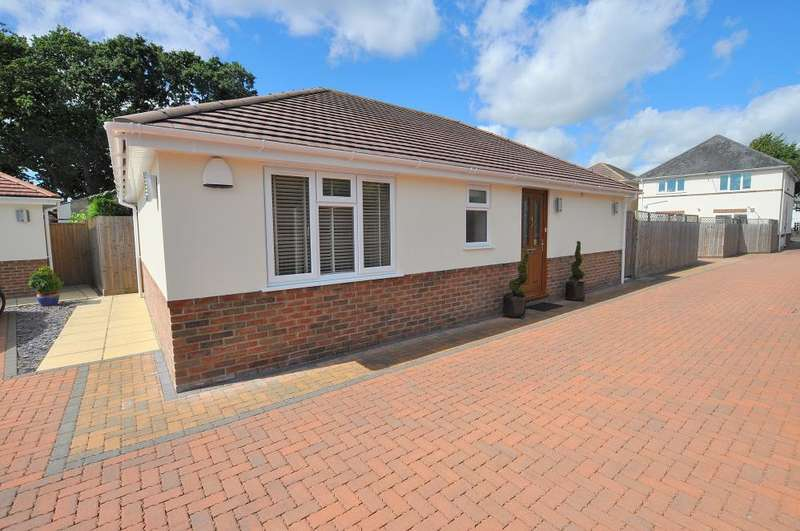 2 Bedrooms Detached Bungalow for sale in Orchard Grove, Bournemouth