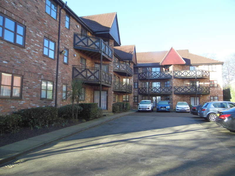 2 Bedrooms Flat for sale in Tower Grange, Salford, M7