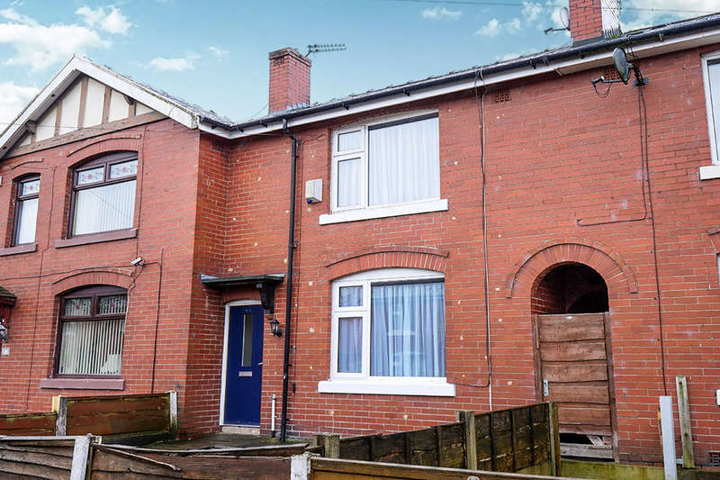 2 Bedrooms Property for rent in Whitehead Crescent, Bury, BL8