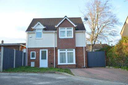 3 Bedrooms Detached House for sale in Bearcross, Bournemouth, Dorset