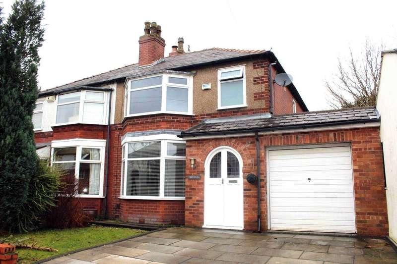 3 Bedrooms Semi Detached House for sale in Kingwood Avenue, Heaton